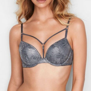 VS Shine Lace Strappy Push-Up Adds 1 Cup Plunge